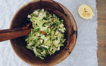 Raw savoy with almonds and chilli